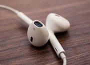 Оригинальные наушники EarPods в Apple-center
